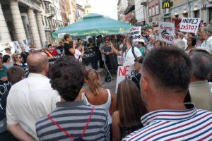 Udruga Franak je u Rijeci sudjelovala je na prosvjedu protiv poreza na nekretnine